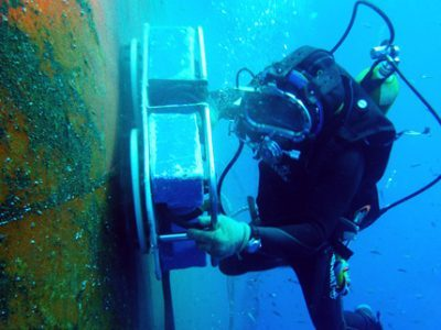 Underwater-Hull-Cleaning4